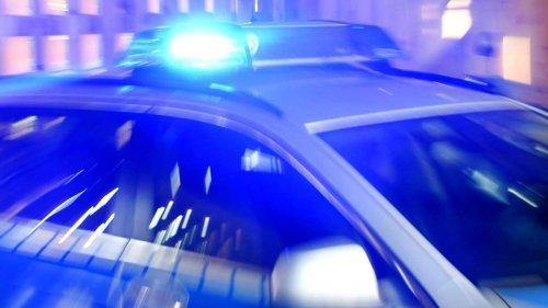 Großeinsatz wegen Bedrohungslage an Nürnberger Schule - Polizei nimmt Tatverdächtigen fest