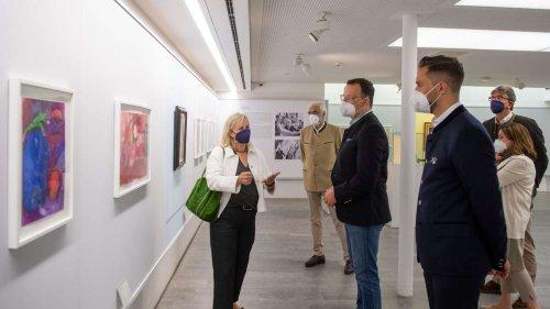 Urlaub am Tegernsee: Jens Spahn besucht Chagall-Ausstellung