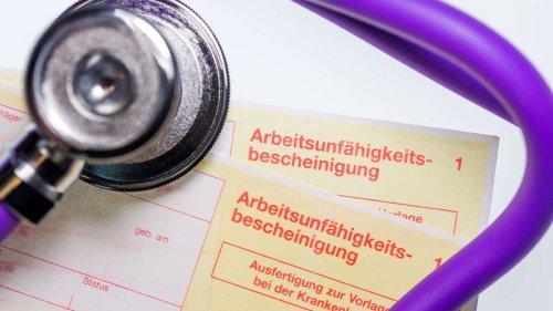 Neues Urteil: Mitarbeiter müssen Krankheit im Zweifel nachweisen – auch wenn AU vorliegt