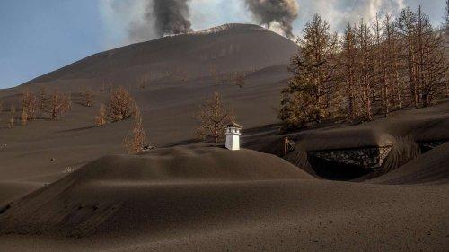 """Vulkanausbruch auf La Palma: Beeindruckendes Video zeigt """"Lava-Tsunami"""""""
