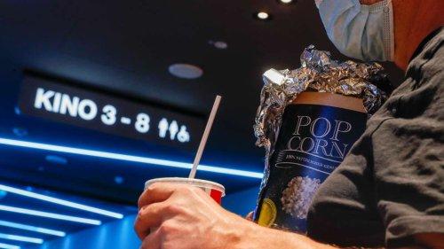 """Gelockerte Corona-Regeln in Kinos - Betreiber dennoch besorgt: """"Bond hat uns eher negativ betroffen"""""""
