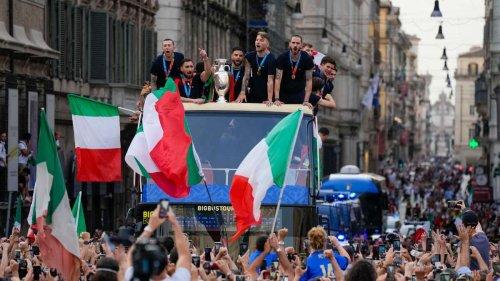 """Der """"Gravina-Effekt"""": Corona-Alarm in Italien - Zahlen schießen in die Höhe"""