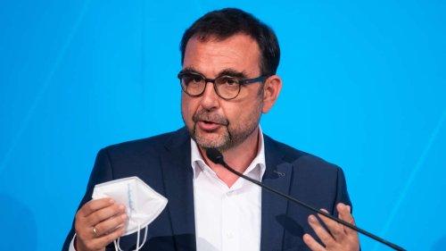 """Bayerns Gesundheitsminister Holetschek: """"Brauchen Impfquote von 85 Prozent"""" - Absage an Freedom-Day"""