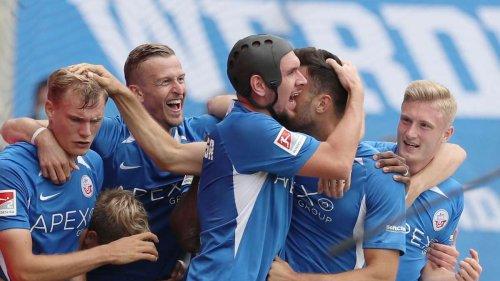 Hansa Rostock: Dieser Sender zeigt das DFB-Pokalspiel bei Jahn Regensburg