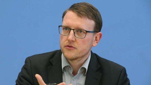 Experte: Ausschluss der AfD aus bestimmten Posten und Gremien im Bundestag