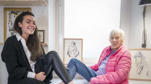 Oma Irene (92) lässt sich Herz-Tattoo stechen - und bleibt vollkommen gelassen