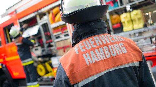 Brand-Drama in Hamburg am Morgen: Mensch will sich mit Sprung aus Fenster retten und stirbt