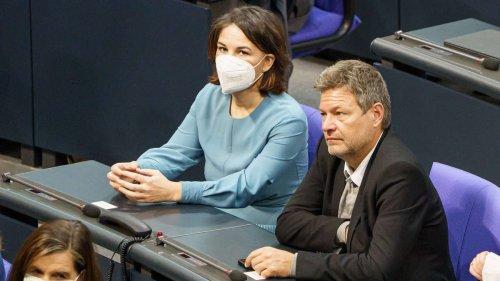 Grünen-Chefs vor Rücktritt? Habeck erklärt das Vorgehen - Partei blüht Personaldebatte