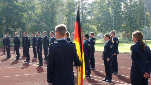Einsatzort Garmisch-Partenkirchen: Vereidigung der jungen Bundespolizisten fand in Rosenheim statt