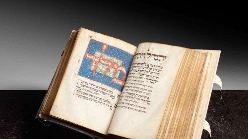 Minutenlanger Wettstreit: Gebetsbuch für 7 Millionen versteigert - es entstand vor 700 Jahren in Bayern