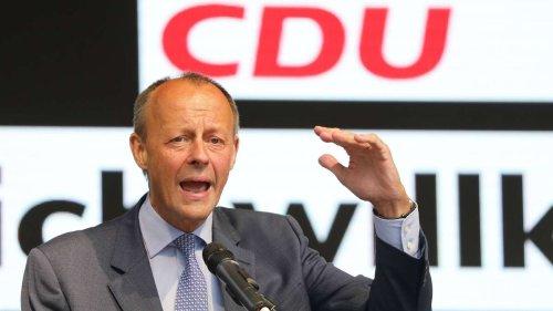 """Mit Merz' Segen gegen """"Linksdrift"""": Projekt von Ex-CSU-Mann schlägt hohe Wellen - Bär dementiert Beteiligung"""