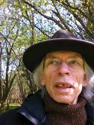 Steve Howe / Making the world a brighter, and immeasurably more interesting place   MetalTalk