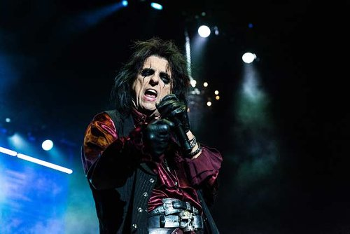 Alice Cooper and The Cult to tour the UK in 2022   MetalTalk