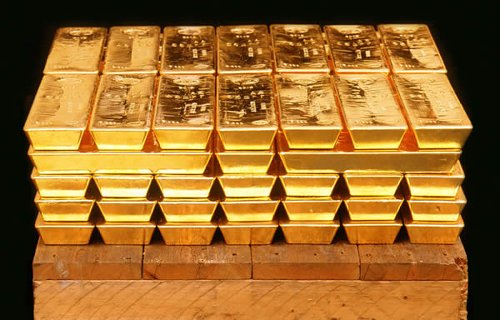 Gold Declines On Inclining U.S. Bond Yields