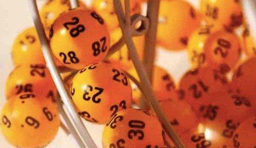 Estrazione Superenalotto, lotto e Simbolotto oggi 20 aprile