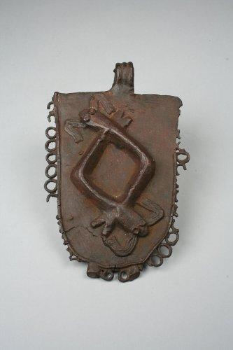 Waist Pendant: Two Mudfish   Edo peoples   The Metropolitan Museum of Art