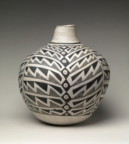 Jar (Olla), 'Tuxedo' Design | Ancestral Pueblo | The Metropolitan Museum of Art