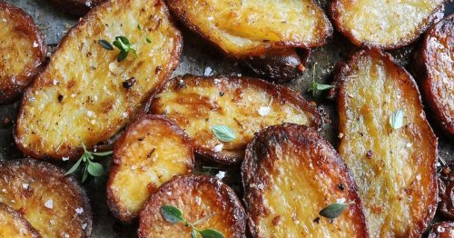 Nutritionist shares 'game-changing' roast potato recipe using a surprising ingredient