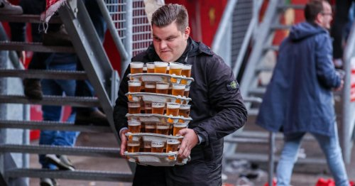 Hero football fan carries 48 beers in one trip and doesn't spill a drop