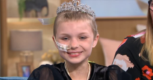 Holly Willoughby surprises 9-year-old This Morning guest with terminal cancer whose wish was to be on show