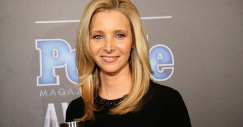 Lisa Kudrow reveals why she was fired from Frasier before landing Friends