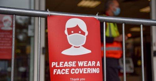 'Don't wear face masks, they shrunk my manhood,' man warns shoppers