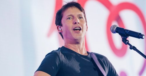 James Blunt jokingly warns Adele about moving 30 album release date ahead of chart battle