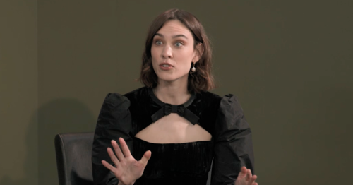 Alexa Chung immediately gets warning from contestant on Portrait Artist of The Year