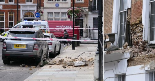 One injured after £7,000,000 London townhouse partially collapses on street