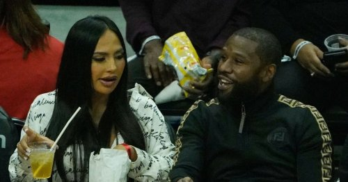 Floyd Mayweather rejects photo with male fan 'because he has his nails painted'