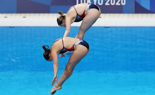Olympics diving: All your questions answered, from why divers shower to their little towels