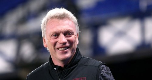 David Moyes wants West Ham to sign Manchester United defender Phil Jones on free transfer