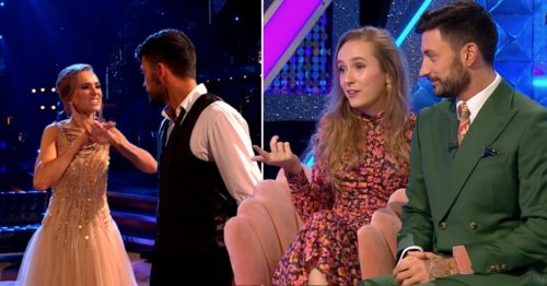 Strictly Come Dancing 2021: Rose Ayling-Ellis gobsmacked as searches for sign language surge after stunning dance with Giovanni Pernice