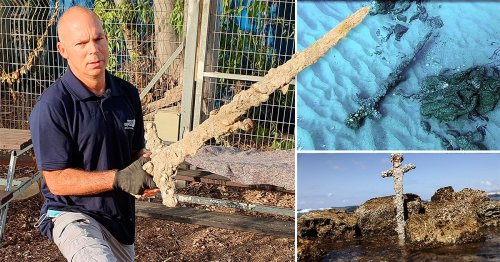 Diver finds a 900-year-old sword that was used in the Crusades