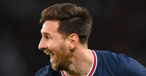 'I wouldn't have it' – Rio Ferdinand reacts to Lionel Messi lying behind the PSG wall
