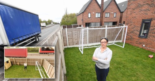 Couple who bought house next to A446 complain about noise from dual carriageway
