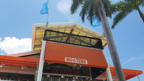 This Miami Hooters closed. Now a local sports bar is hoping to make Bayside cool again