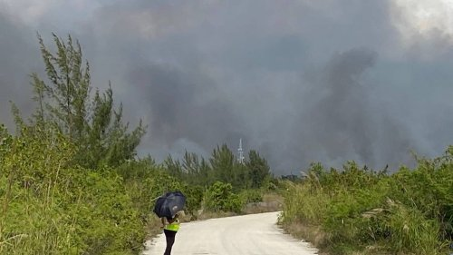 Card Sound Road into the Florida Keys stays closed as wildfire burns through the brush