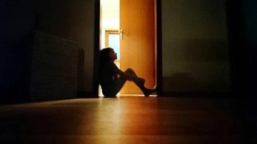 En los hospitales infantiles, la crisis de salud mental choca con la escasez de personal