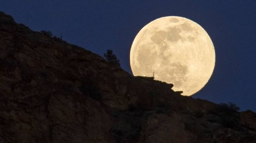 What's a 'Snow Moon?' It will light up the winter sky as February closes, experts say