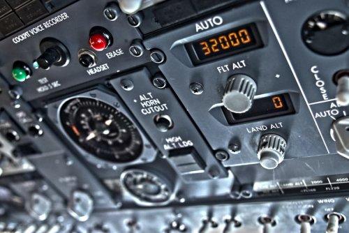 El caso del Boeing 737 MAX se complica cada vez más a medida que se descubren más detalles del accidente