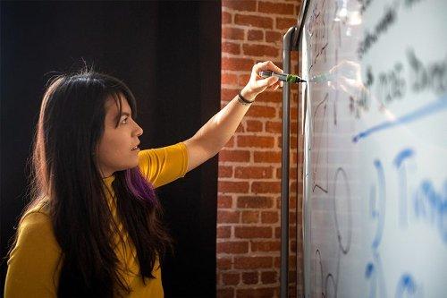 Lasst uns wieder neugierig sein: 6 Tipps für das Lernen im digitalen Zeitalter   News Center Microsoft