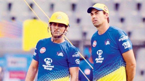 IPL 2021: Stephen Fleming defends MS Dhoni's last-ball field setting