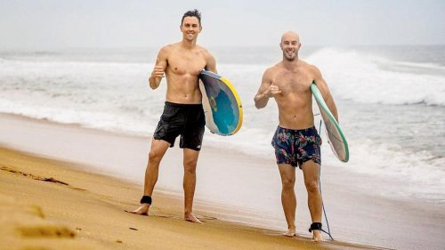 See photos: Trent Boult enjoys morning surf with MI teammate Chris Lynn at Kovalam beach