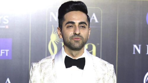 Ayushmann Khurrana shares hilarious throwback picture with brother on World Sibling Day