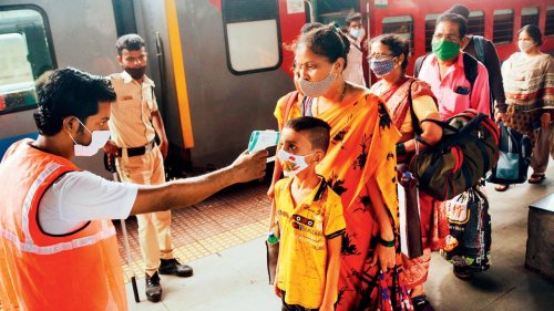 Covid-19 cases rise in Mumbai, but test positivity rate, fatalities dip