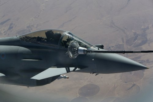 UK says it bombed Islamic State fighters in Iraqi mountains last month