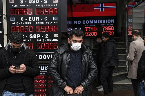 Turkey: Four ways citizens are trying to survive the financial crisis