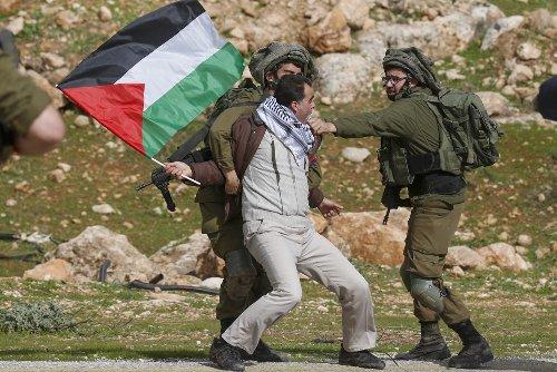 Palestine election: Israel's wave of arrests sweeps up Palestinians before polls