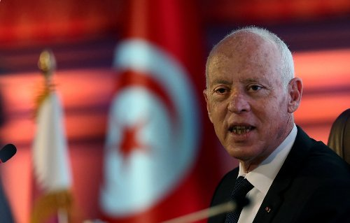 Tunisian president draws security powers into dispute with PM